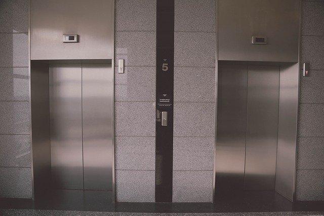 výtahy nerezové