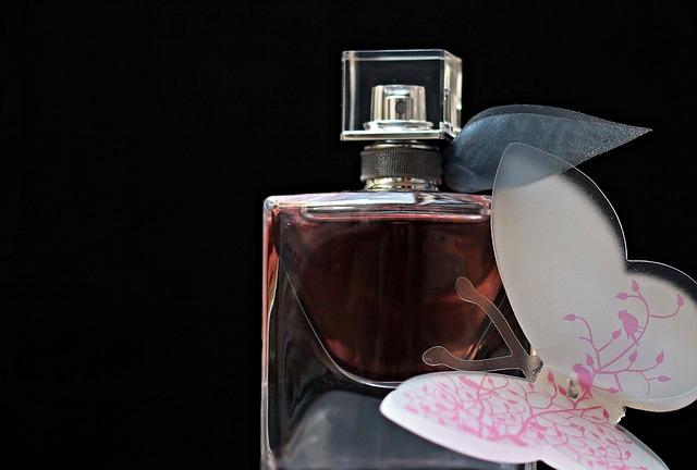 Darujte parfém, darujte sebevědomí